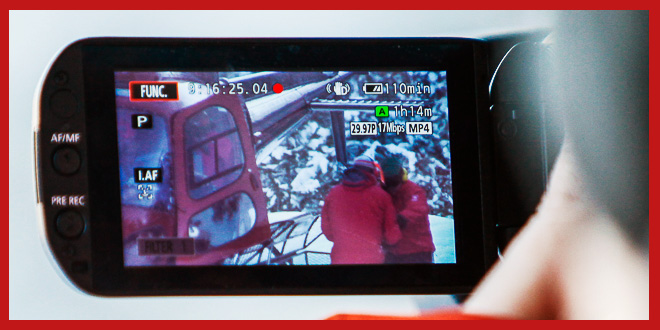 lcd-camera-flip-out-screen-01